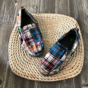 Plaid sanuk yoga mat flats